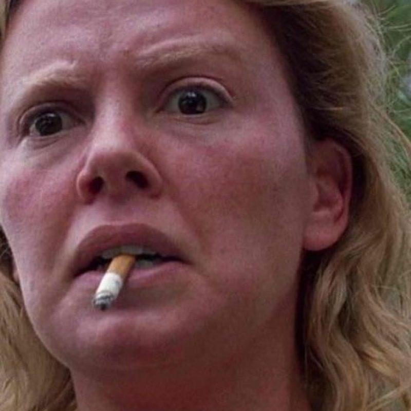 "Charlize Theron interpretó a la asesina Aileen Wuornos en ""Monster"", en 2003. Foto:vía Columbia Pictures."