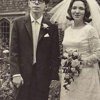 Eddie ganó el Oscar por ese papel. Conoció a Hawking y lo que más le costó fue interpretar en orden cronológico el deterioro físico del científico para hacer todo el proceso más realista. Foto:vía Getty Images
