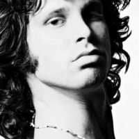 El actor vivió como él durante un año y se aprendió las canciones de The Doors. Foto:vía Getty Images
