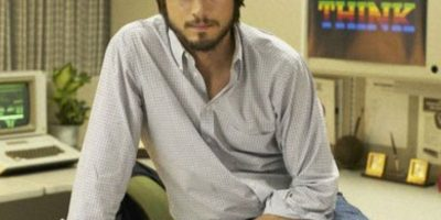 "Ashton Kutcher interpretó a Steve Jobs en ""Jobs"". Foto: vía FiveStar Feature Films"