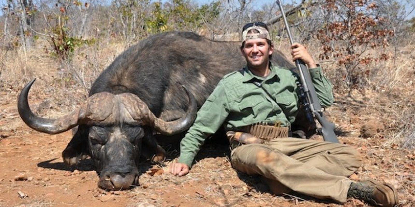 Se han tomado fotos con animales muertos. Foto:Vía untinglegends.com