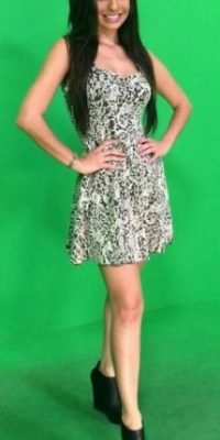 Ellos mencionan que es una de las más guapas presentadoras. Foto:Vía Twitter/@angygonzalez