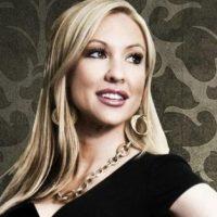 """Es meteoróloga y presentadora del tiempo en el medio noticioso estadounidense """"NBC"""". Foto:Vía Twitter/@Christina_Loren"""