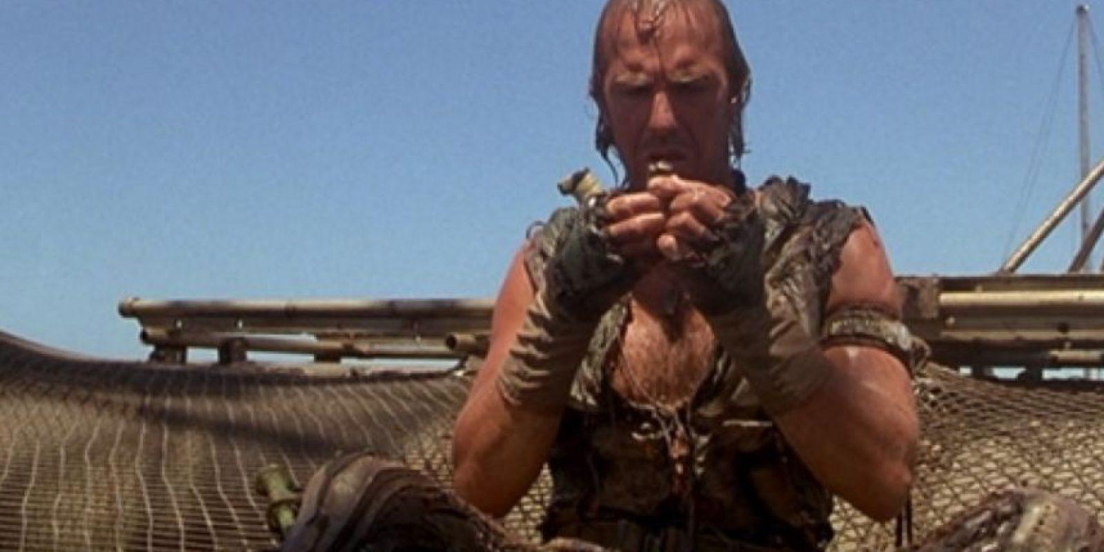 """11. Kevin Costner con """"Waterworld"""" (1995). Foto:vía Universal"""