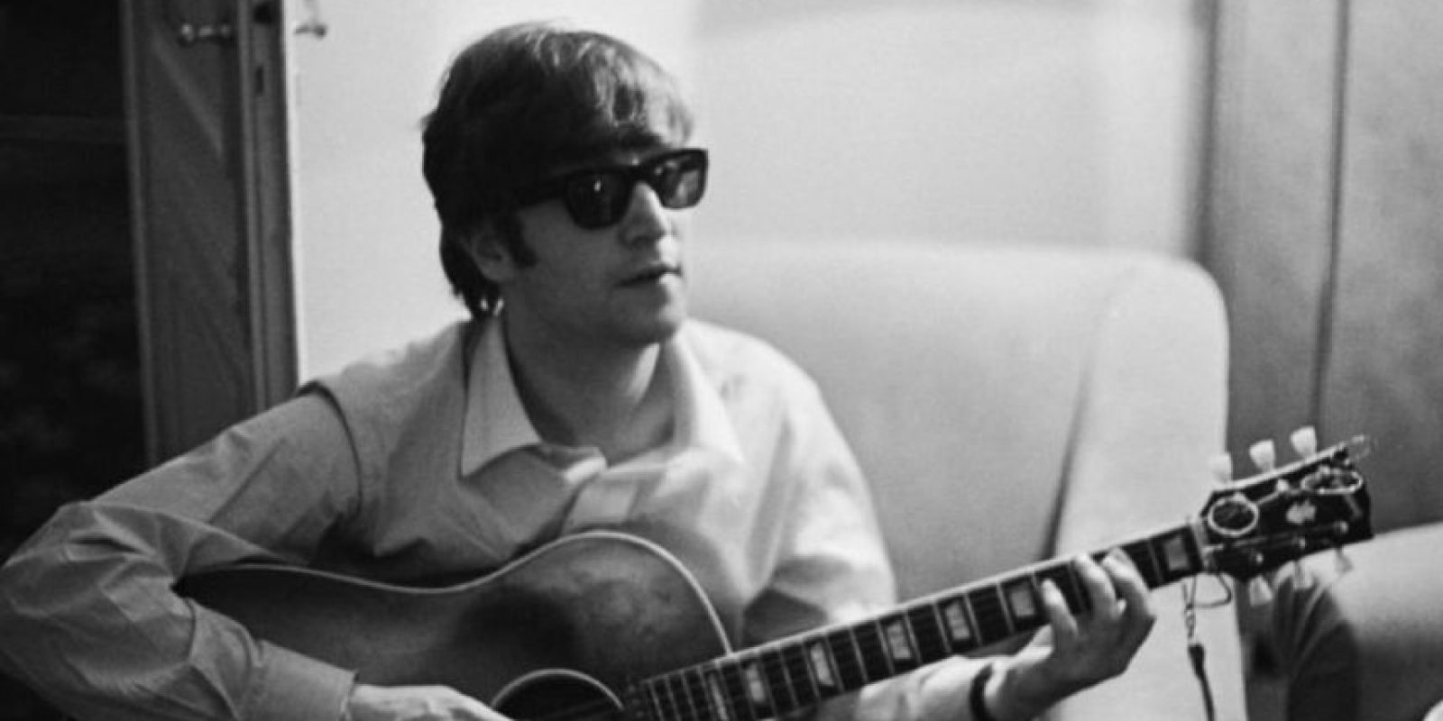 """Supuestamente, el cantante Maurice Sklar tuvo una visión en 1984 en la que vio a John Lennon en el Infierno. Demonios lo apuñalaban en todos lados y él supuestamente decía: """"ahora sí creo"""". Foto:vía Getty Images"""