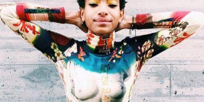 """Se considera una artista y le encanta la ropa con mensaje. Esta es una camiseta de Jean Paul Gaultier en el que se ve su mensaje, """"free the nipple"""". Foto:vía Instagram/gweelos"""