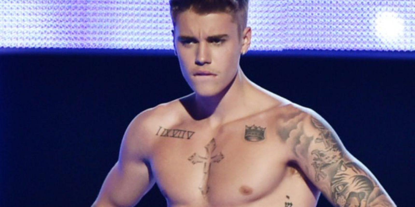 """En el documental """"Never Say Never"""", Justin hace una broma con la palabra """"nigger"""". Uno de los fans se queja: """"Bieber se pasó. No debió usar esa palabra ni siquiera bromeando"""". Foto:vía Getty Images"""