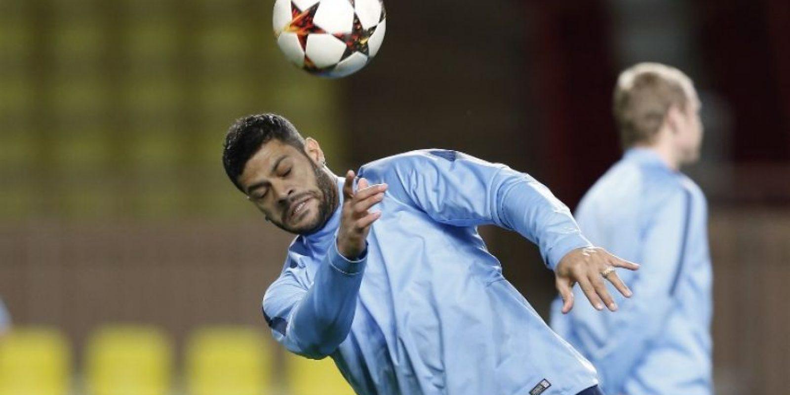 El corpulento delantero brasileño ha sido objeto de las bromas de parte de sus compañeros de equipo. Foto:AFP