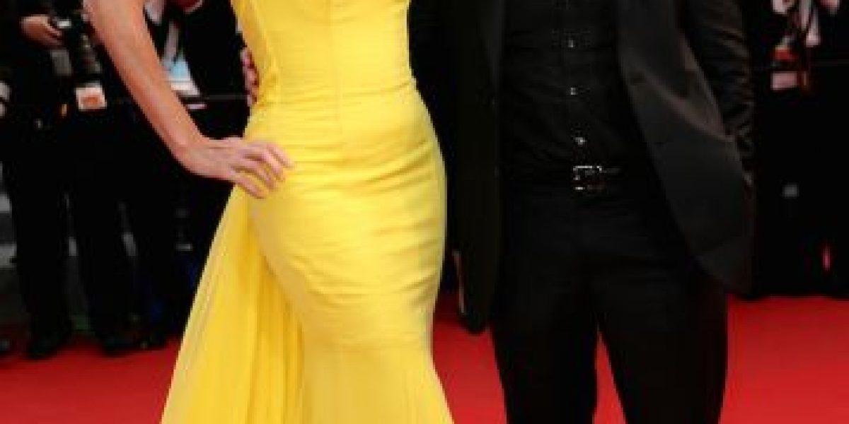Sean Penn supera su separación y sale a cenar con otra mujer