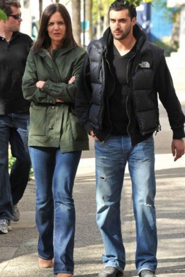 7. Katie Holmes está muy bien cuidada con este guapo guardaespaldas. Foto:Getty Images