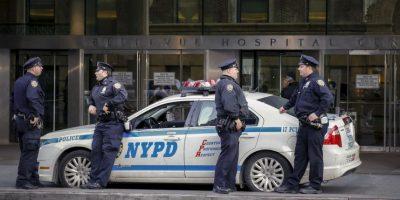 Las autoridades sospechan que el asaltante tiene un cómplice en la sucursal. Foto:Getty Images