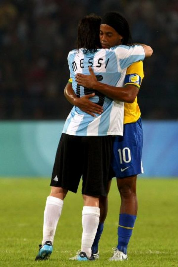 Pero su cariño por Messi continuó a pesar de la distancia. Foto:Getty Images