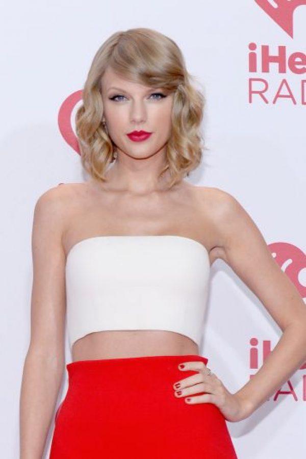 Taylor admitió que es fanática de la moda y de su look. Foto:Getty Images