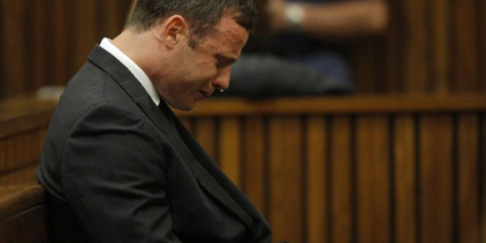 Pistorius asegura que pensaba que había un intruso dentro de la casa y por eso disparó. Foto:Gettty Images