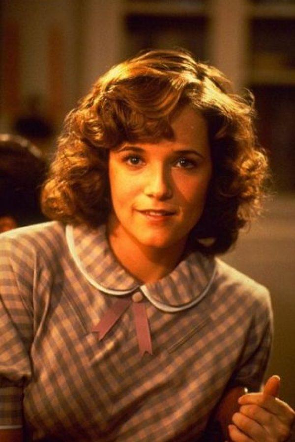 """Su papel fue el de """"Lorraine Baines McFly"""", la joven que se enamora de """"Marty"""" sin saber que será su hijo en el futuro. Foto:IMDB"""