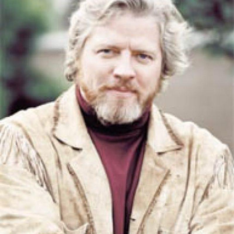 Tiene 56 años y ofrece show de comedia en diversos escenarios de California. Foto: bigpopfun.com