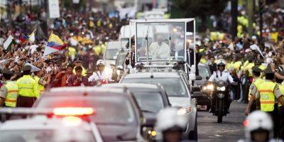 Muchos Seguidores esperaban en las calles de quito para verlo. Foto:AFP