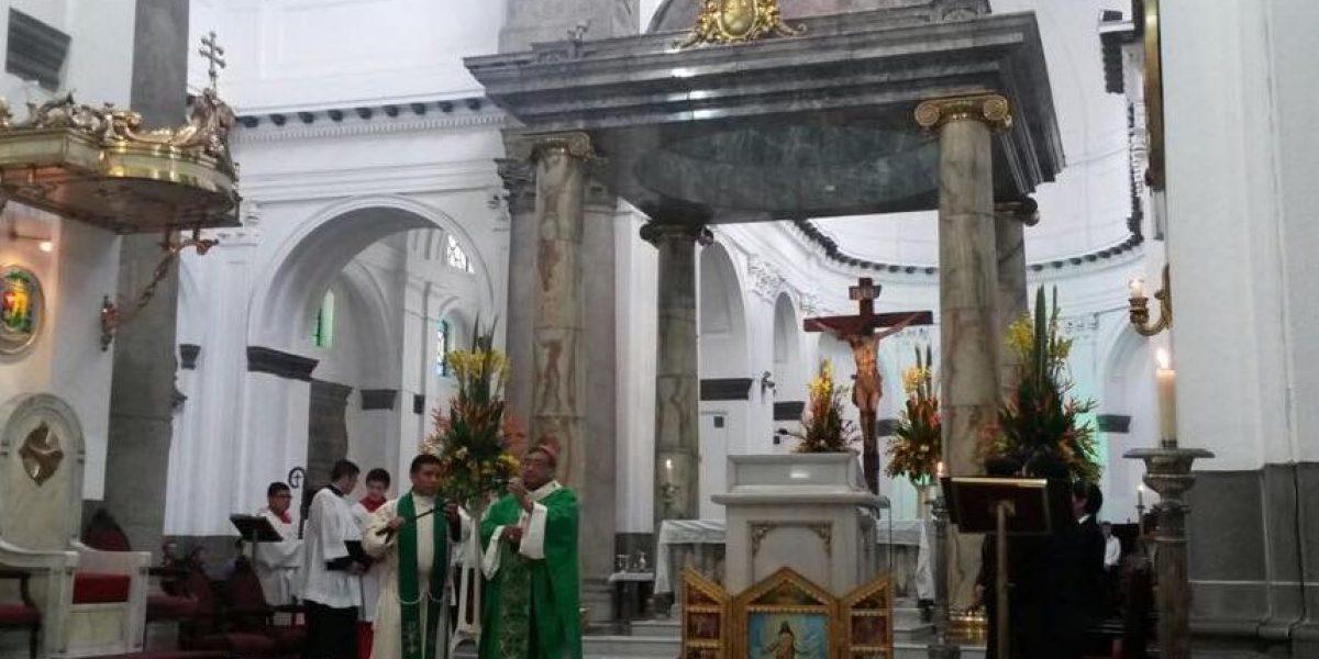 Arzobispo metropolitano critica la reelección de funcionarios