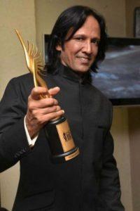 Curiosamente ganó un premio por interpretar a un villano Foto:vía twitter.com/IIFA