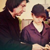 "Esta chica asegura que su profesor es muy parecido a ""Snape"" Foto:https://twitter.com/ciao_lucine"
