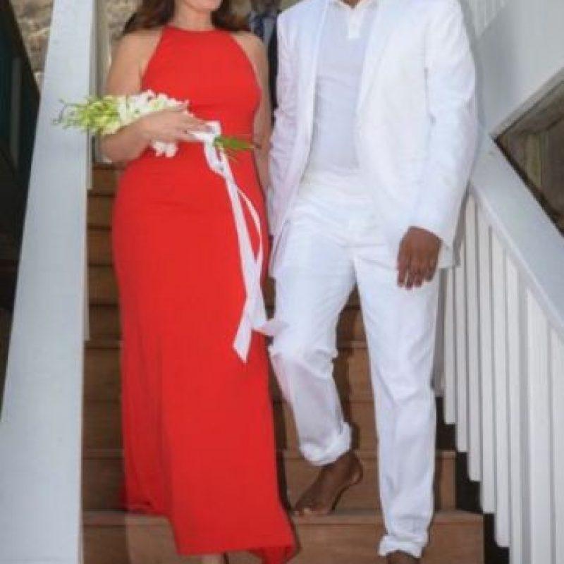 """En septiembre de 2014, Fran Drescher, reconocida por su protagónico en la comedia """"The Nanny"""" se casó con el Dr. Shiva Ayyadurai, en su casa frente a la playa. Foto:vía twitter.com/frandrescher"""