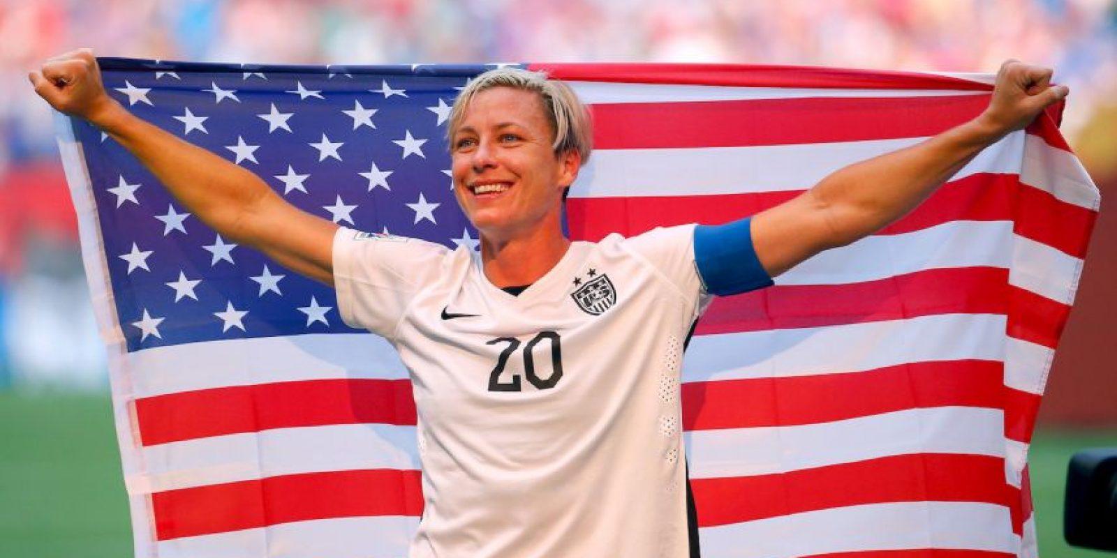 También participó en los Mundiales Femeninos de Estados Unidos 2003 (tercer lugar), China 2007 (tercer lugar), Alemania 2011 (subcampeona) y Canadá 2015 (campeona). Foto:Getty Images