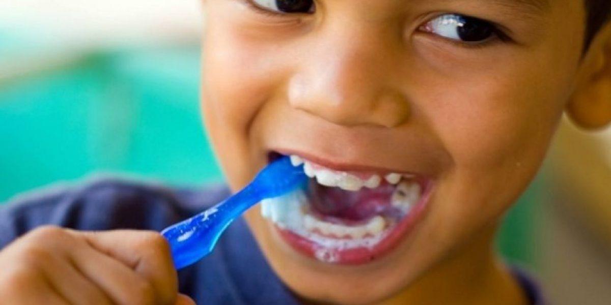 11 formas de cuidar sus dientes como si fueran dentistas