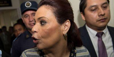 Abogados denuncian a Baldetti, por lavado de dinero