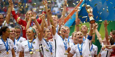 Estados Unidos se coronó campeón del mundo en la categoría femenina tras golear 5-2 a Japón en la final de Canadá 2015. Foto:Getty Images