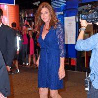 Otro wrap dress. Foto:vía Getty Images