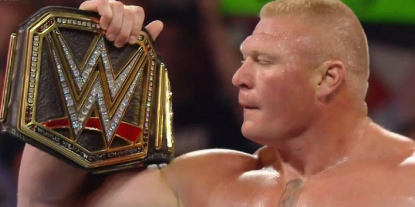 El exluchador de la UFC busca recuperar el Campeonato de Peso Pesado de la WWE Foto:WWE