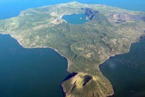 3. Vulcan Point. Se encuentra en la isla Volcan Taa. Foto:webecoist.momtastic