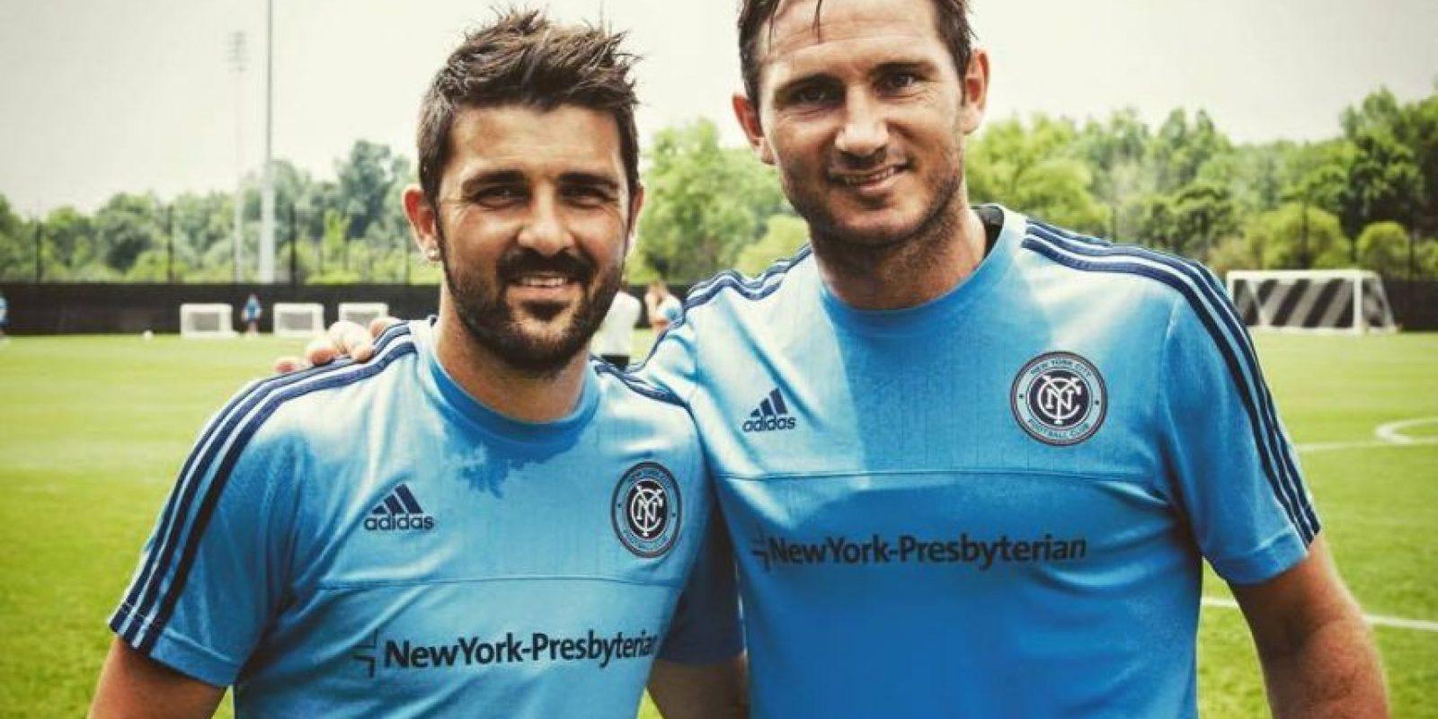 El mediocampsita inglés jugará esta temporada en New York City al lado de Andrea Pirlo y David Villa. Foto:Vía facebook.com/DavidVillaJugador