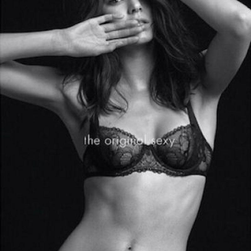 """La campaña lleva por nombre """"Calvin Klein Underwear"""". Foto:Instagram/itskendallj"""