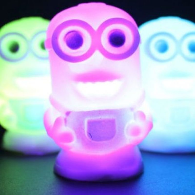 4.- Una lámpara de colores Foto:Ebay