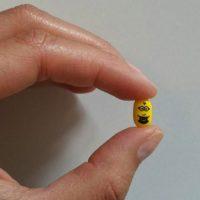 """9.- Estas pastillas con un mini """"Minion"""" Foto:vía instagram.com/isimond3"""