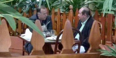 Usuario comparte fotografía donde Ministro de Desarrollo se reúne con diputado de la UNE