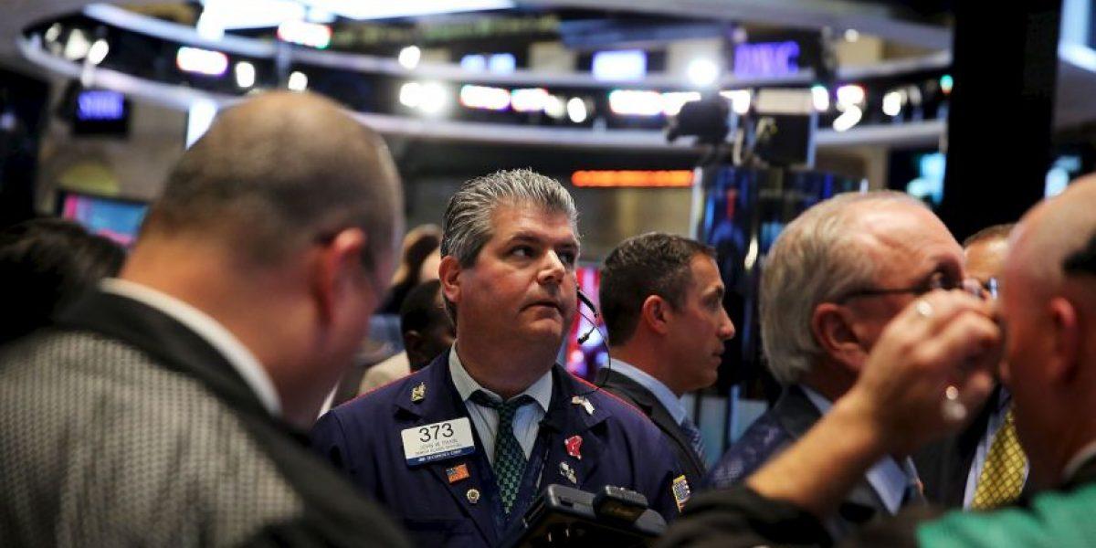 La bolsa de valores de Nueva York reinició operaciones
