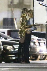 La pareja se mostró muy cariñosa en un restaurante de California. Foto:Grosby Group