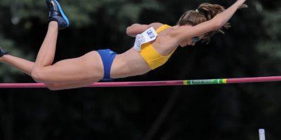 La brasileña es doble campeona mundial de salto con garrocha Foto:Vía facebook.com/fabianamurer