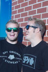 Son dos hermanos que compiten juntos en la prueba de vela. Foto:Vía facebook.com/fergusonsailing