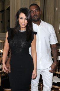 Antes de casarse, West cambió el look de la socialité. Foto:Getty Images