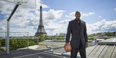Michael Jordan no se quisó quedar atrás y presumió sus seis títulos ganados Foto:Getty Images