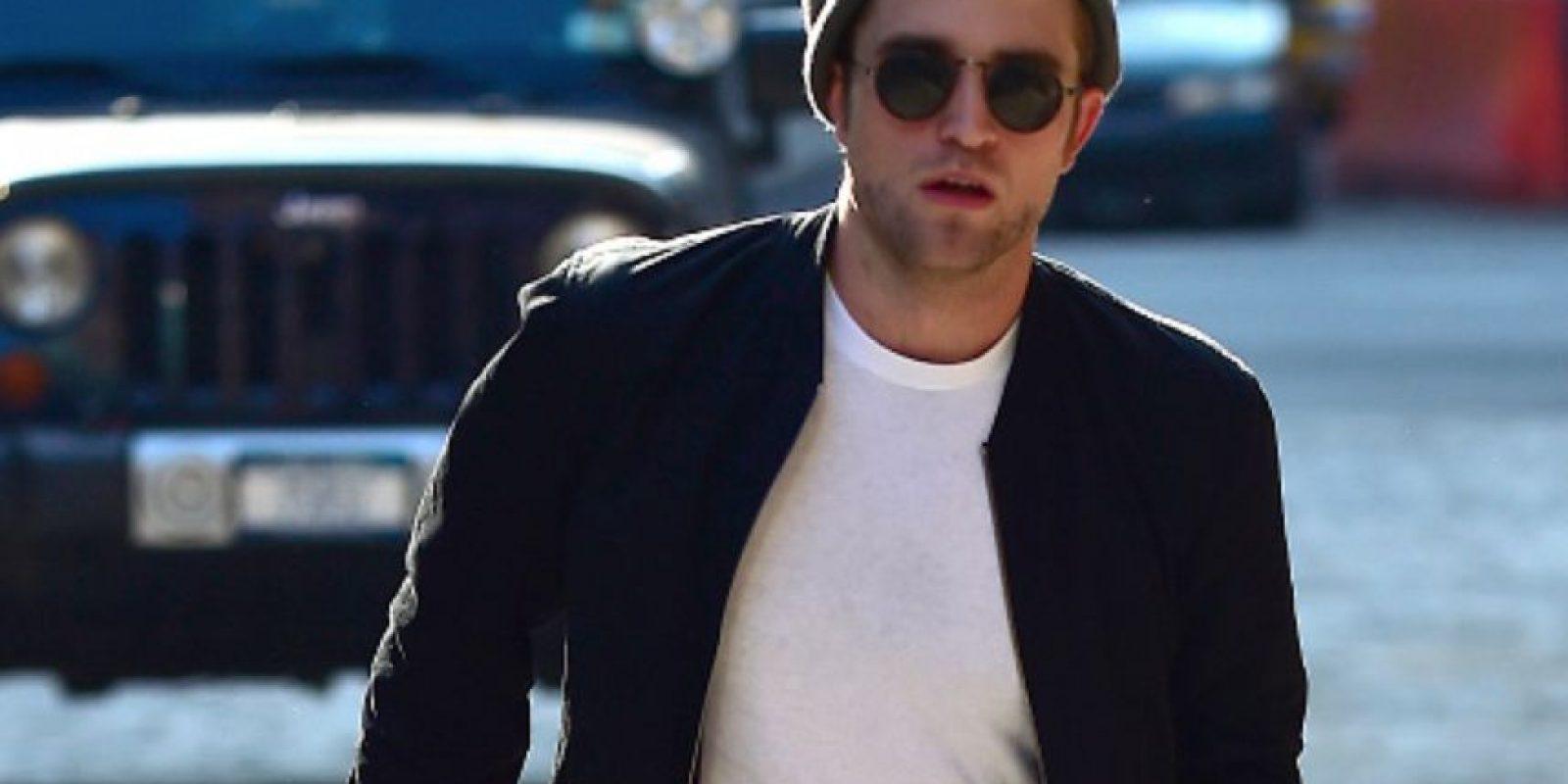 Robert Pattinson tiene el pelo más grasiento que una pizza freída con manteca. Foto:vía Getty Images