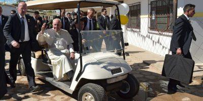 Así llegó el Sumo Pontífice a la cárcel de Palmasola Foto:AFP