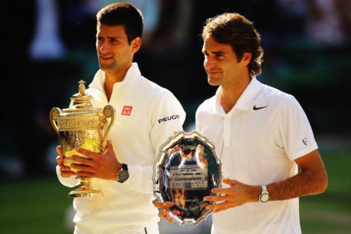 Novak Djokovic y Roger Federer no sólo son los finalistas de Wimbledon, también son los dos mejores tenistas del mundo en la actualidad y los preferidos de las aficionadas. Foto:Getty Images