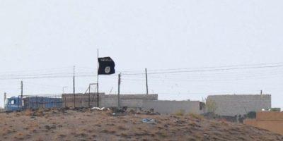 Según el portal estadounidense Perez Hilton, la reportera Lucy Pawle aseguró que se trataba de la bandera de ISIS, cuando realmente se trataba de una parodia con siluetas de juguetes sexuales. Foto:Getty Images
