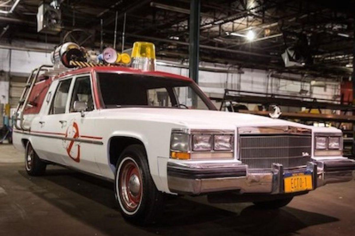 Este será el auto que el equipo de las parasicólogas utilizará en el filme. Foto:Twitter/Paulfeig