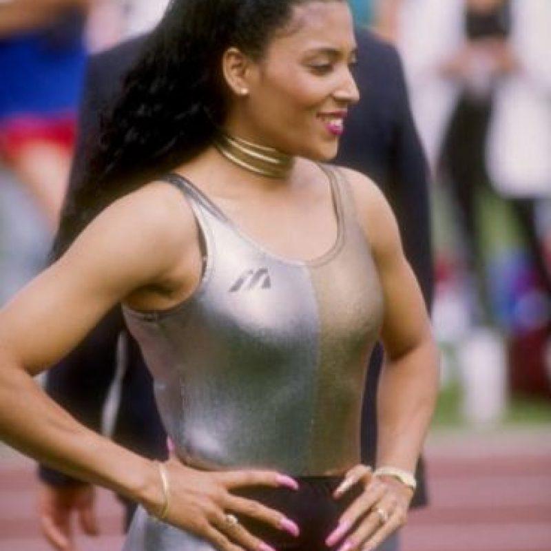 La atleta mostró sus manos luciendo enormes uñas que parecían verse chuecas. Juzguen ustedes. Foto:Getty Images