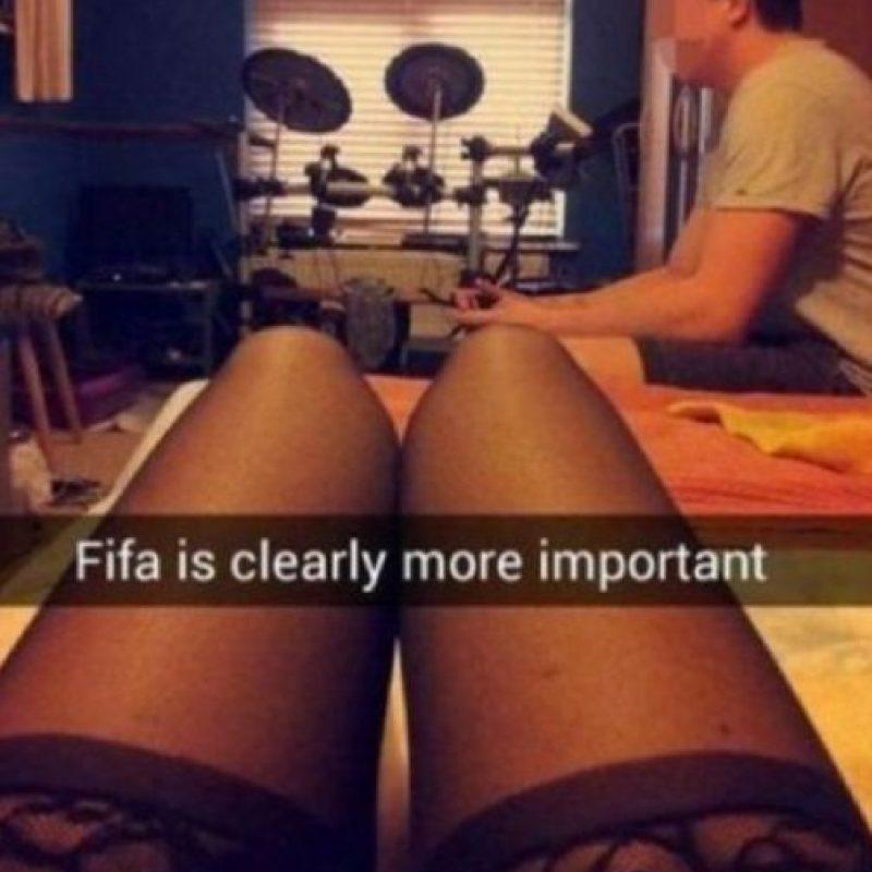 Su novia, indignada, subió esta foto a Snapchat. Foto:vía Snapchat